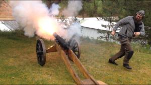 """""""Kanonkul"""" på skjutbanan utlovas, dock skjuter vi inte med andra kanoner än våra egna, handkanoner, vid detta tillfälle!"""